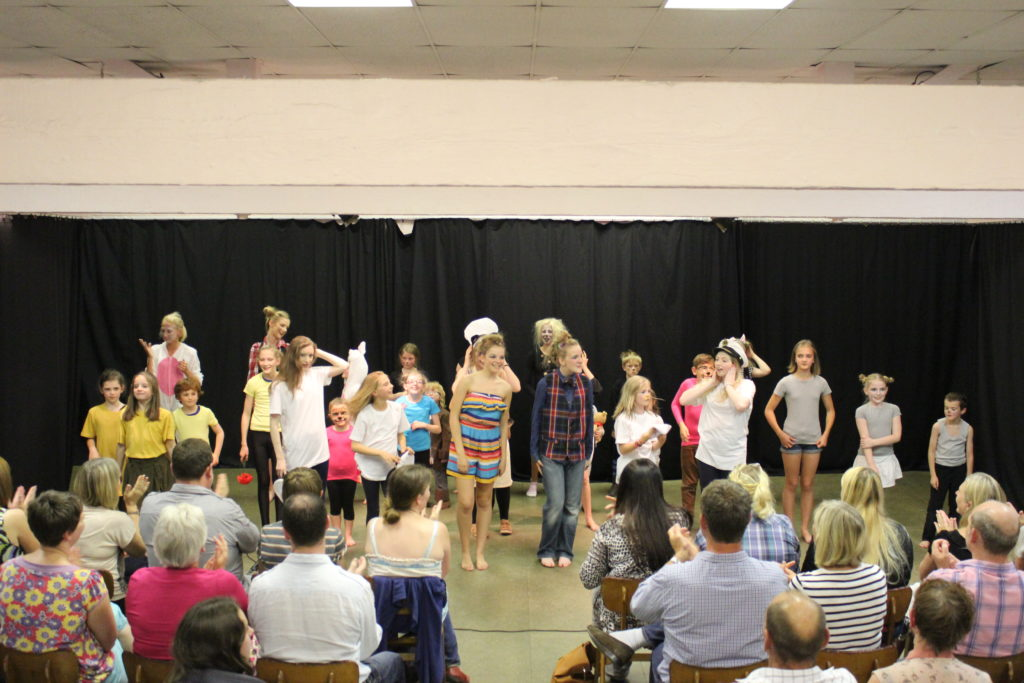 summer school, musical theatre, derbyshire, chesterfield, activities,